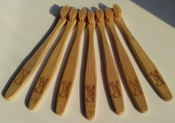 CURANATURA Zubní kartáček Dětský Bamboo Junior - 1 ks